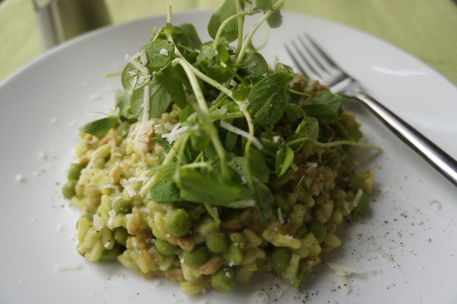 Pea, spinach and fava bean risotto