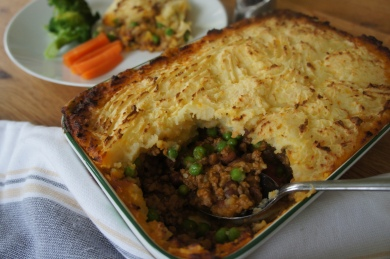 shepherd's pie with bace carlin peas with perks